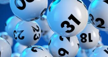 Una strana lotteria